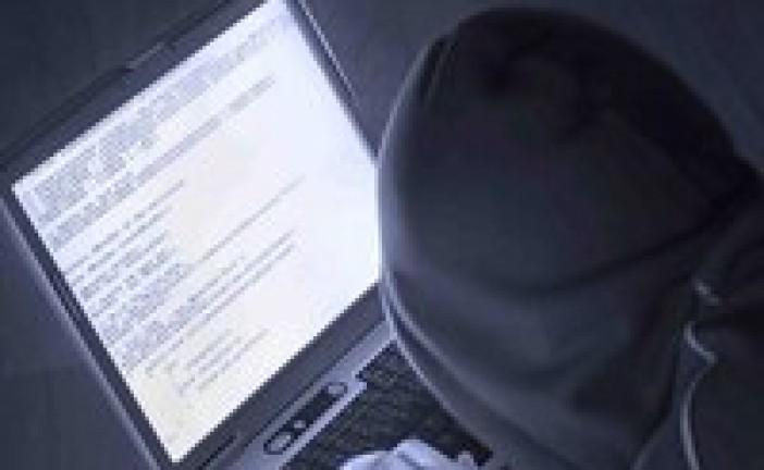 کاربران فیس بوک، یاهو و ویکی پدیا در کمین تهدیدهای امنیتی